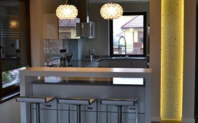 krzesła w kuchni