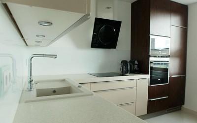 montaż kuchni w małym domu