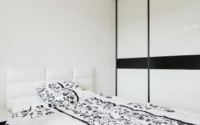 szafy przesuwne w sypialni
