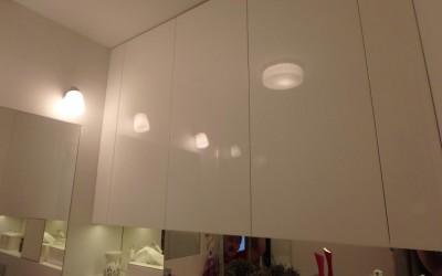 meble łazienkowe zabudowane